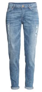 uns boyfriend jeans podem também ser uma boa opção, tenha só atenção se não fica apertada na zona da barriga.